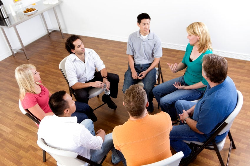 iStock_000014730351Small-(group-of-people)